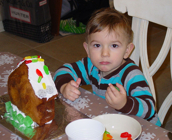 Decorating a Gingerbread House (Christmas, 2013)